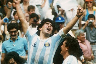Adiós a Diego y adiós a Maradona