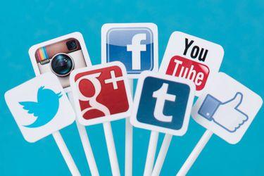 Se dispara el uso de streaming y videos entre chilenos: nueve de cada diez reconoce consumir habitualmente medios digitales y plataformas como Netflix, YouTube, Instagram y TikTok