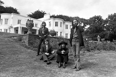 RS294_AR_Press10-The Beatles-Tittenhurst August 22 1969-© Apple Corps Ltd.