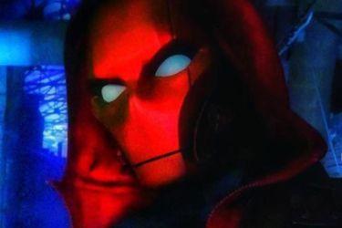 Aquí tienen otro vistazo a Red Hood en las filmaciones de la tercera temporada de Titans