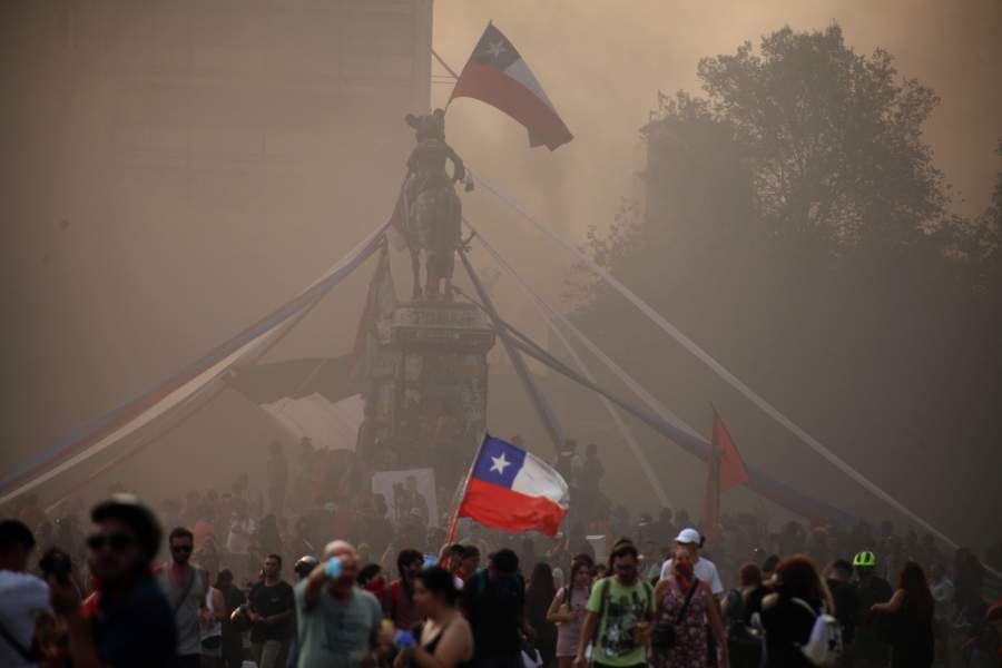 Manifestación en Plaza Baquedano a 92 dia del estallido social