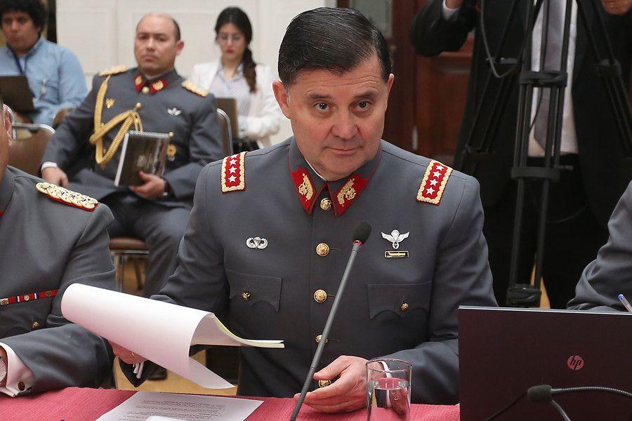"""Comandante en Jefe del Ejército: """"Hoy tenemos problemas, pero no estamos en crisis"""" - La Tercera"""