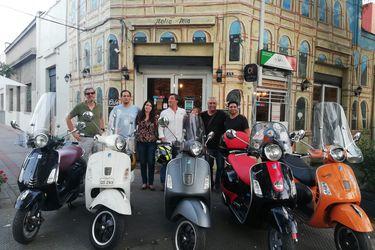 Vespa Club Santiago cumple 20 años manteniendo vivo el alma de una moto histórica