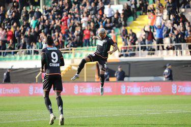 Junior Fernandes vuelve a convertir, pero Alanyaspor cae con Besiktas