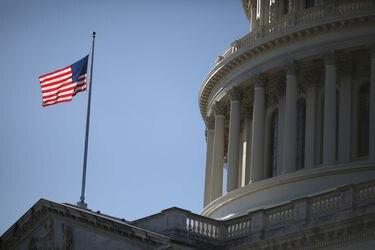 Acuerdo por plan de estímulo en EEUU: el debate que iniciaron los demócratas con US$3,2 billones, está por cerrarse en un pacto de US$900.000 millones