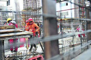 Empresas constructoras reportan caídas en contratos a materializar en el futuro