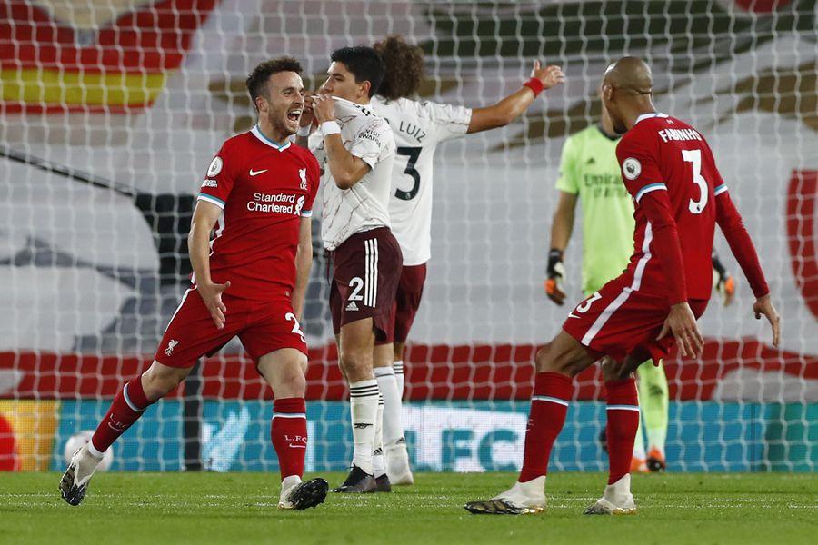 El Liverpool se lo dio vuelta al Arsenal para seguir arriba - La Tercera