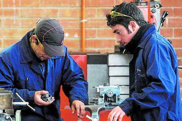 Inventarios de sectores manufacturero y comercio registran alzas durante febrero de 2021