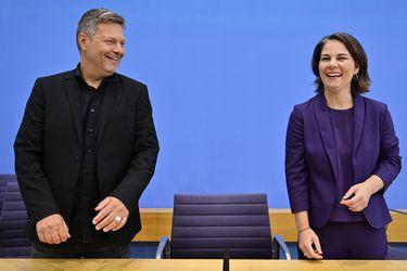 La elección de Alemania da a dos partidos más pequeños una influencia mayor