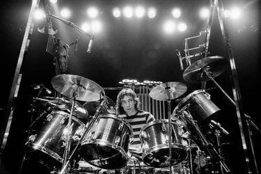 Tool y Dream Theater honran la memoria de Neil Peart en sus conciertos