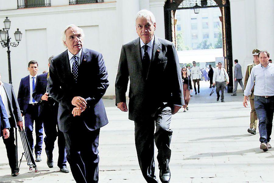 Imagen Piñera con Chadwick 71