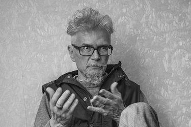 Muere el escritor Eduard Limónov a los 77 años