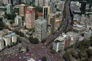 ¿Cómo se calcula cuánta gente asistió a una marcha?
