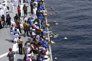 Indonesia intentará reflotar el submarino que se hundió frente a las costas de Bali