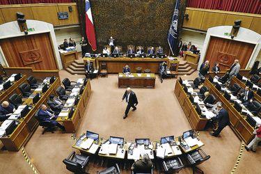 Senadores rechazan glosa para financiar créditos CAE