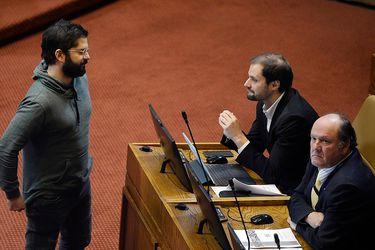 """Jaime Bellolio y recolección de firmas de Gabriel Boric para candidatura presidencial: """"Ojalá que las consiga (...) creo que él es un aporte desde la izquierda al debate de futuro"""""""