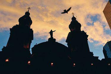 En oficio a Abbott, Arias plantea formalización por encubrimiento de los obispos en casos de abusos de la Iglesia