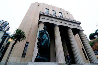Corte revoca sobreseimiento a Piñera y ordena que se siga indagando al Mandatario por presunta infracción sanitaria