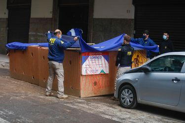 Investigan hallazgo de un cuerpo calcinado en el centro de Santiago