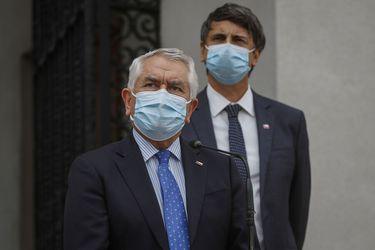 """Tras aprobación de vacuna Sinovac por el ISP: Paris confirma que primer cargamento de dosis llegará """"a fines de mes"""" en dos aviones"""