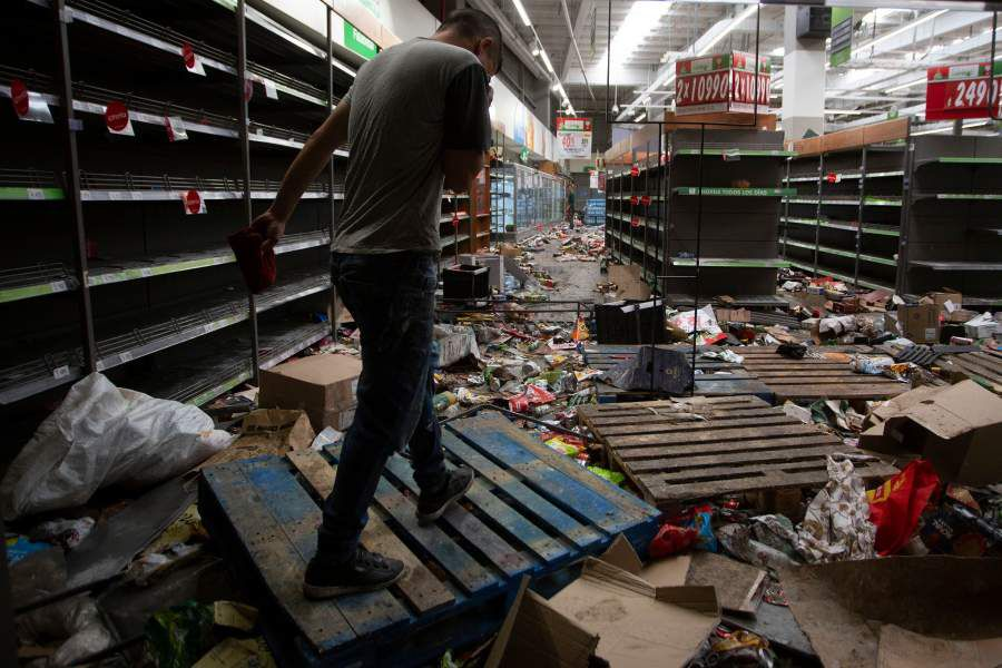 CHILE-CRISIS-LOOTING