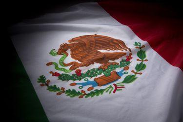 Bonos Aeroméxico caen ante supuesta quiebra
