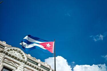 """Gobierno cubano reemplaza a ministro de las Fuerzas Armadas Revolucionarias, un """"héroe de la república"""""""