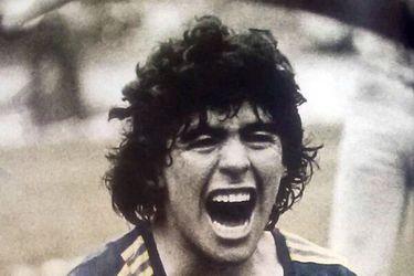 Casa de subastas chilena remata reliquias de Diego Maradona y del Cóndor Rojas