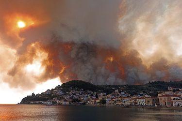 Incendios en Turquía cumplen siete días y amenazan una central termoeléctrica