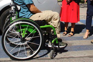 #VíaInclusiva | Mayor riesgo sanitario, brecha educacional y pobreza: Así afecta la pandemia a las personas con discapacidad