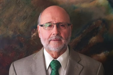 """El ocaso de la U. La República: El """"mea culpa"""" de su expresidente y el porqué se opuso al ingreso de un inversionista"""