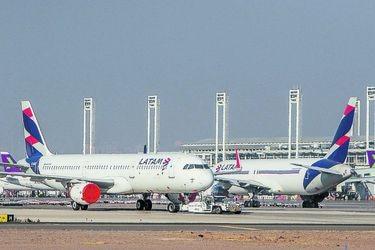Juez se tomará un mes para analizar petición de Latam de anular contratos de arriendo de aviones