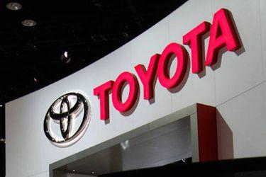 Toyota es la primera marca en Chile en facilitar sus autos para ayudar en el combate del coronavirus