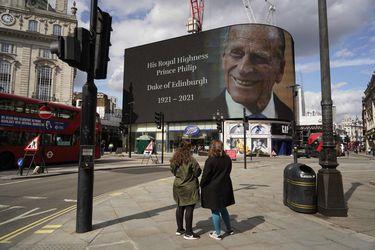 """""""Sirvió al Reino Unido con dedicación durante dos tercios de siglo"""": Chile y la comunidad internacional destaca al Príncipe Felipe tras su fallecimiento"""