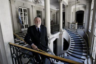 """Ministro de Salud argentino dice que """"nunca"""" hubo una """"competencia"""" con Chile por manejo de la pandemia: """"Fue mostrar lo que estábamos haciendo y que cada cual utilizara la estrategia que pudiese ser mejor"""""""
