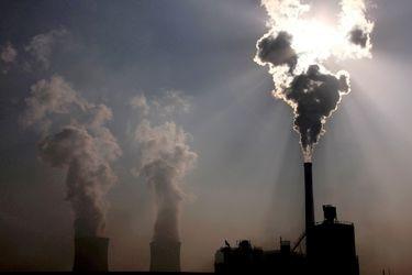 Gabinete chino emite plan de acción para cumplir objetivo de emisiones antes de 2030