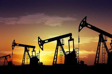 OPEP+ en punto muerto sobre aumento de producción de crudo y retomará conversaciones este martes