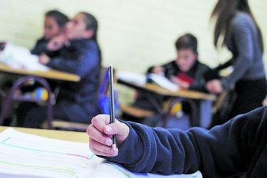 Tenemos herramientas para revertir la caída de docentes