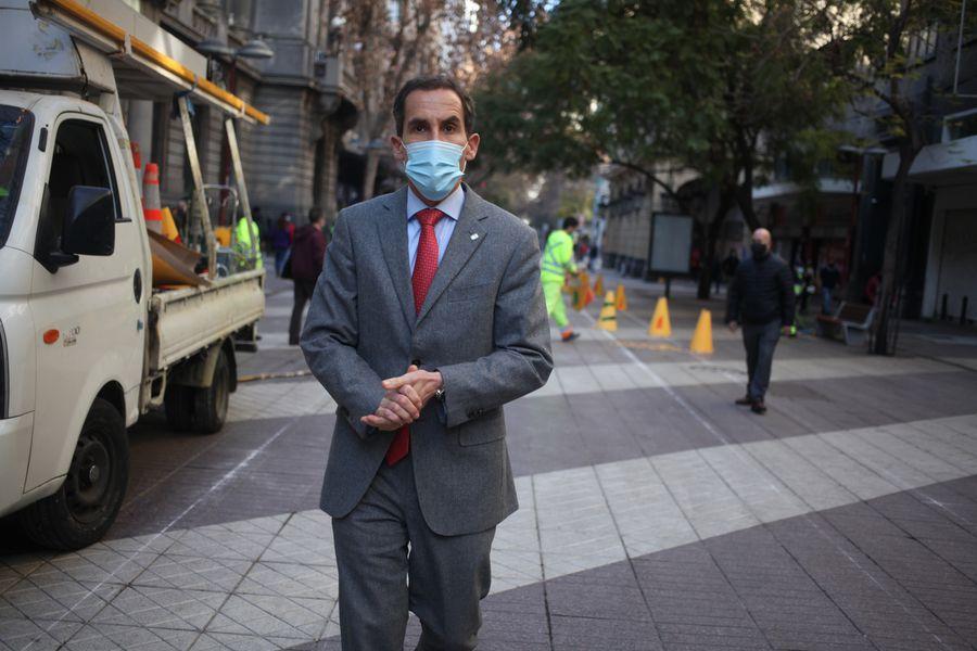 Felipe Alessandri, alcalde de Santiago.