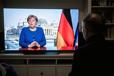 Confianza de los inversionistas alemanes mejora en agosto por esperanzas de recuperación