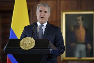 Presidente de Colombia Iván Duque abre la puerta al diálogo en medio de presión por violentas protestas