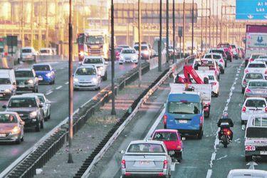 Inteligencia artificial para salvar vidas: El sistema que busca predecir accidentes en tiempo real en las autopistas de Chile