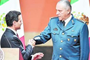 Arresto de exsecretario de Defensa vinculado al narcotráfico golpea a México