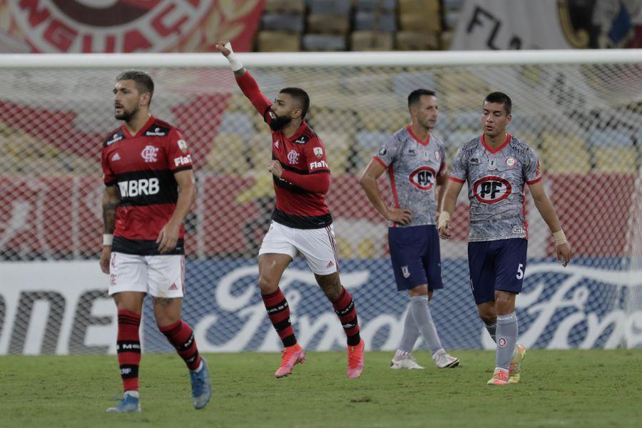 Flamengo goleó a Unión La Calera en el Maracaná, por la Copa Libertadores.