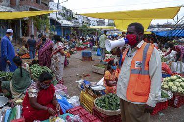 India notifica más de 50.000 casos de coronavirus por segundo día consecutivo