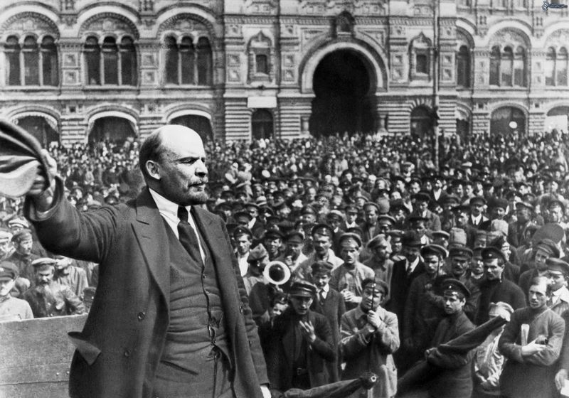 vladimir-lenin-multitud-comunismo-171818