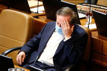 """Diputado Moreira (UDI) informa que se internó en un centro asistencial debido a """"problemas de salud"""" adportas de votación clave por retiro de pensiones"""