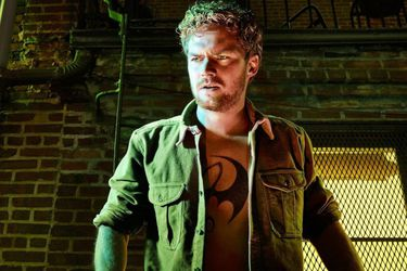 Finn Jones, el actor tras Iron Fist y Ser Loras Tyrell, vendrá a Chile