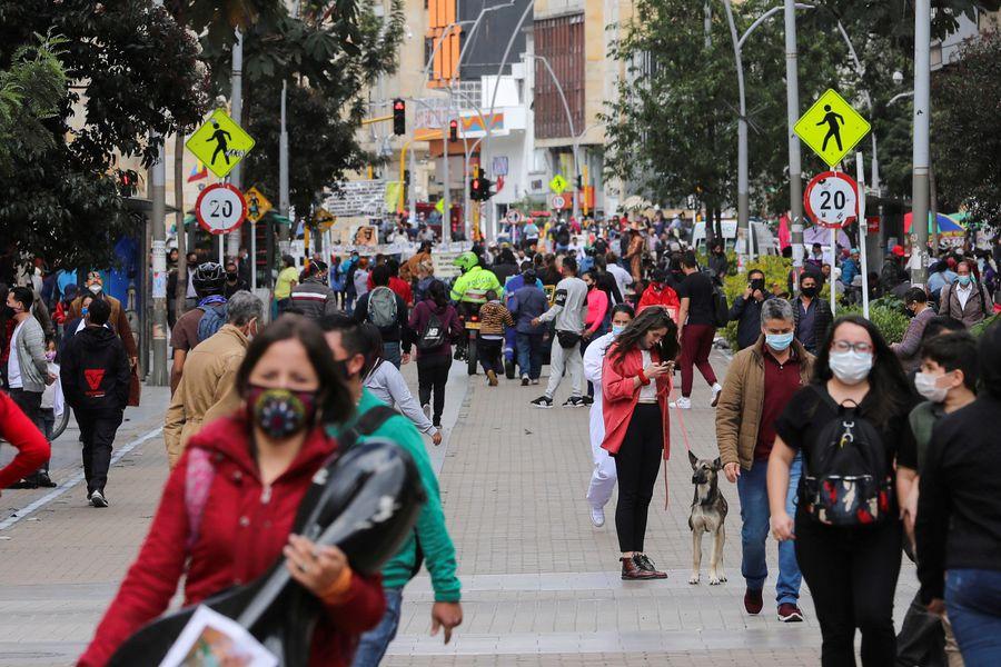 Colombia supera las 50 mil muertes por Covid-19 - La Tercera
