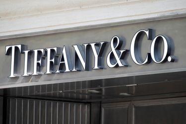 LVMH y Tiffany acuerdan leve rebaja en operación de compra y ponen fin a los litigios